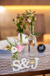 Výzdoba svatební tabule krajka
